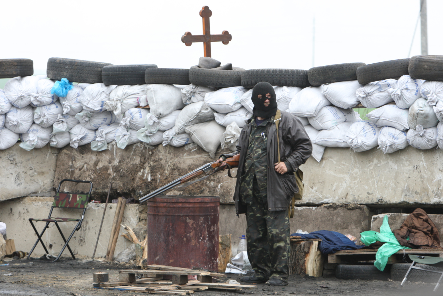 Славянск, Блокпост на въезде в город. Фото - Игорь Коваленко