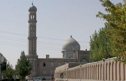 Домашнее секс видео имама вызвало скандал в таджикистане видео