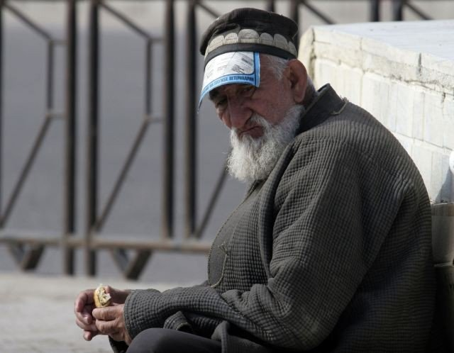 В Таджикистане отменили «верхний порог» пенсии
