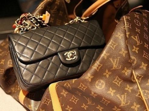 51f61316d928 Сhanel и Louis Vuitton привезли в Новосибирск из Китая и Киргизии ...