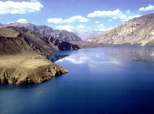 В Таджикистане планируют продавать озеро соседям