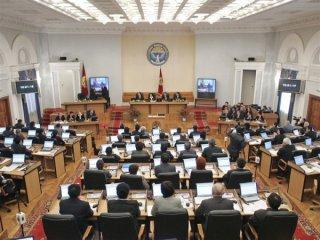 Парламентская осень в Кыргызстане: топ-10 законов и инициатив нового сезона