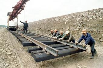 Таджикистан ждет мира в Афганистане, чтобы начать строить железную дорогу