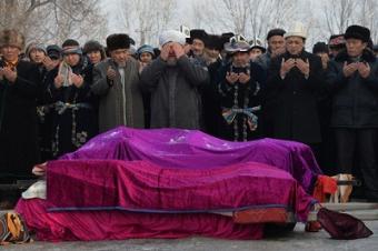 Кыргызстан: Скорбь. Боль. Единение.
