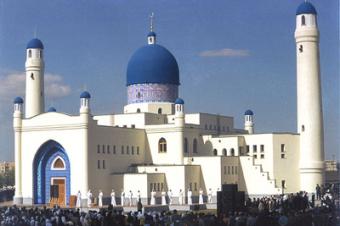 В поисках Бога. Казахстан принял Концепцию государственной политики в религиозной сфере