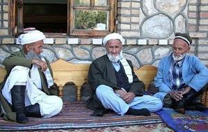 В Таджикистане ужесточили уголовное наказание детей за отказ опекать родителей