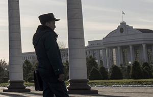 В Узбекистане запретят снимать милиционеров на фото и видео