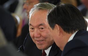 Власть в Казахстане обязали разговаривать только на казахском: что из этого получилось