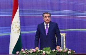 Рахмон призвал интеллигенцию «защищать таджикский язык»