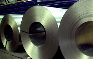 Казахстан прекратил поставки стали в Иран из-за санкций США
