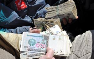 Почему в Узбекистане жив «черный рынок» валюты