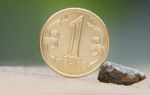 Грозит ли Казахстану дефолт, и на чьи плечи лягут огромные выплаты?