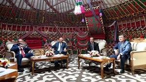 Проблемы Киргизии только подтвердили жизнеспособность евразийской интеграции