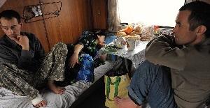Посольство Таджикистана вернет из России на родину 140 мигрантов