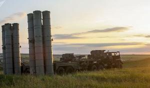 Российские ЗРК С-300 заступили на боевое дежурство в Таджикистане
