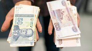 Битва за мигранта: как операторы в РФ борются за переводы в Таджикистан
