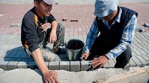 Кыргызстан – трудящиеся  в РФ делают переводы на $536 ежемесячно
