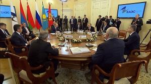 Одолевая трудности, ориентируясь на качество: Евразийскому союзу – 5 лет