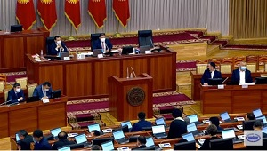 Кыргызстан на «предвыборном» старте: История повторяется?