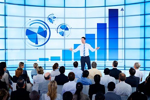 Бизнес любит переговоры лицом к лицу, от онлайна все устали - мнение