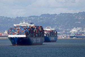 Заторы в портах Китая парализуют мировую торговлю