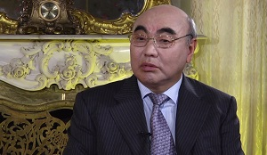 Аскар Акаев в Бишкеке: с какой целью, и под чьи гарантии экс-президент прилетел в Кыргызстан?